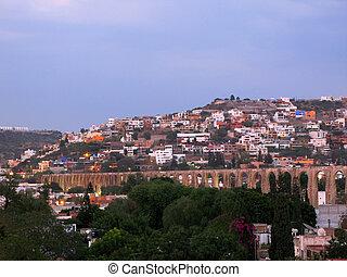 Queretaro Aqueduct - Historic Los Arcos (aqueducts) of the...