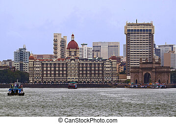 Gateway of India and Taj Mahal Palace hotel, Mumbai, India