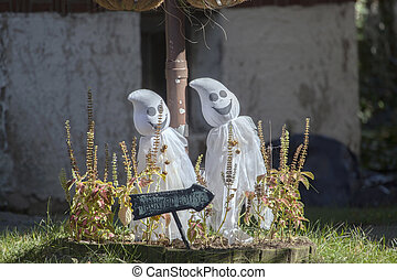 Toy ghosts.