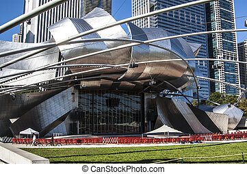 Jay Pritzker Pavillion in Millennium park, Chicago