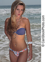 substr(Model at the Beach,0,200) - substr(A blonde, 20-30...