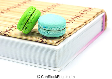 Macaroon put on the books