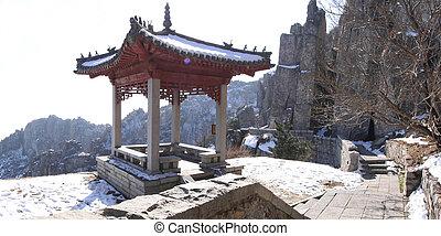 mount taishan pagoda shandong province china