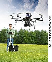 hombre, vuelo, UAV, helicóptero, parque