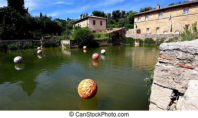 Bagno Vignoni - A timelapse clip at the tuscan village of...