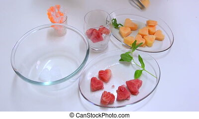 Melon cocktail - Making melon with watermelon hearts...