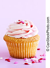 Cupcake - Single cupcake with pink icing and sprinkles