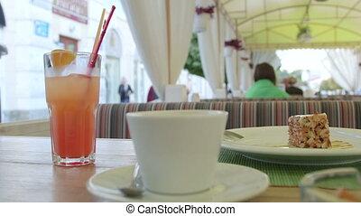 Urban Scene - Sidewalk Cafe