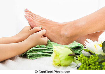 Woman Feet Undergoing Massage - Close-up Of Woman Feet...