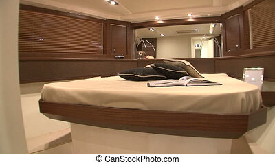 Master cabin on yacht - Master cabin on luxury yacht