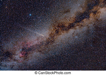 Perseid Meteor Crossing the Milky Way