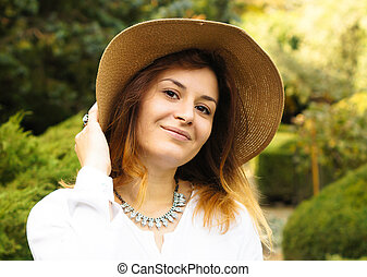 Portrait woman with straw hat - Portrait of beautiful...