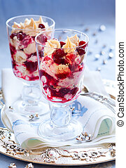 Eton Mess with cranberry