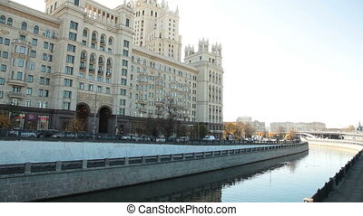 Kotyelnicheskaya embankment - Stalinskie vysotki apartment...