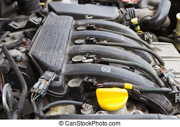 gasoline engine - Internal combustion engine in a vehicle