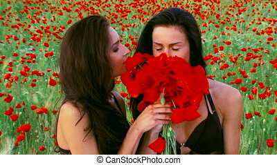 Poppy bouquet - Two women smelling a poppy bouquet