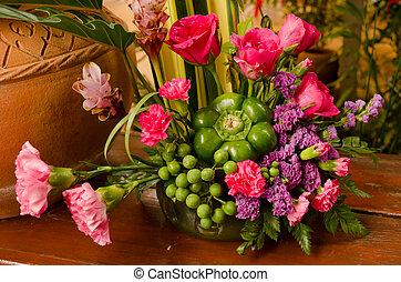 Flower bouquet - Colorful flower bouquet arrangement in vase...