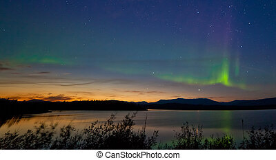 Midnight summer Aurora borealis Northern lights - Northern...