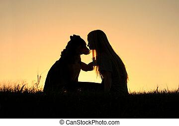 mujer, Abrazar, perro, silueta