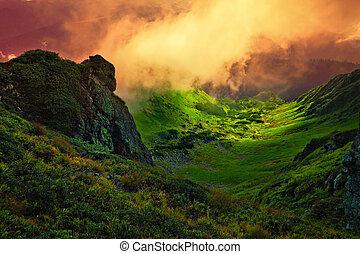 montanha, Gigante, sobre, pedra, nevoeiro, vale, abstratos