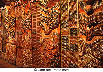Traditional Maori Wood carvings - Traditional Maori Wood...