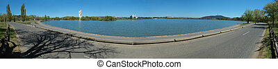 Canberra panorama - panorama photo of Lake Burley Griffin...