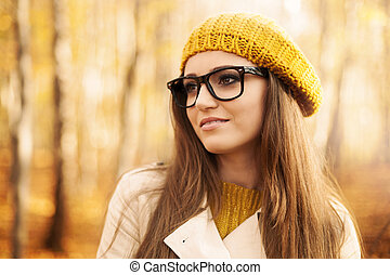 retrato, hermoso, mujer, Llevando, Moda, anteojos, Durante,...