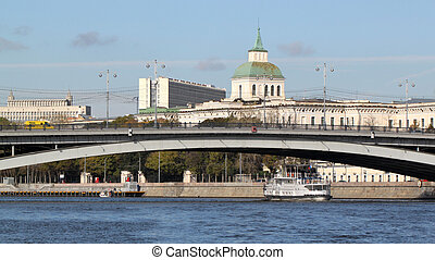 bridge across the Moscow River - beautiful autumn landscape...