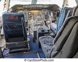 Cockpit of a jumbo jet - View inside the cockpit of a jumbo...