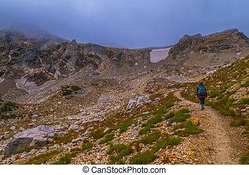 Female Hikier hiking Upper Paintbrush Canyon - Hiking Upper...