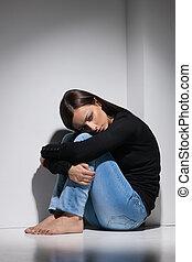 deprimido, mulheres, jovem, deprimido, mulheres, sentando,...