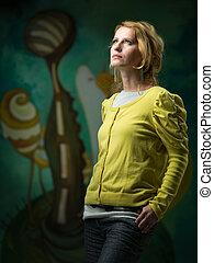 beautiful woman in art gallery