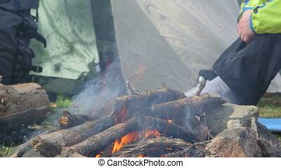 Dolly: Campfire