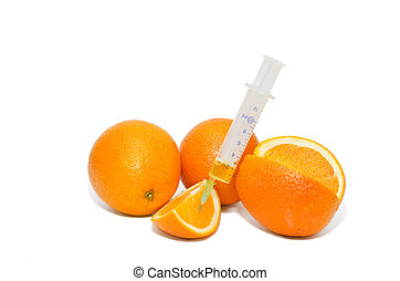 Two cubic centimeters of health - The whole and cut oranges...