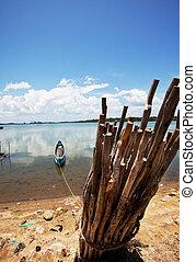 Boat on Sri Lanka - Fishing boat on  Sri Lanka