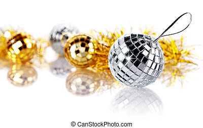 Mirror spheres and New Year's tinsel. - Mirror spheres. New...