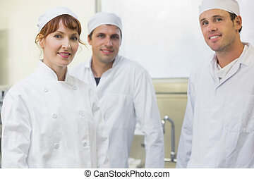 面包師, 矯柔造作, 三, 廚房