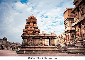 Brihadishvara Temple India - Brihadishvara Temple South...
