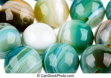 Round agate beads