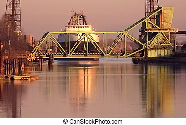 Dawn Coal Ship at Bridge