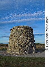 Culloden Battlefield Memorial Cairn - Memorial cairn...