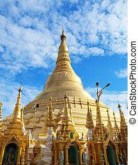 Shwedagon Pagoda in Yangon, Myanmar - The Shwedagon is The...