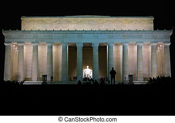 Lincoln Memorial at night - Night shot of the Lincoln...