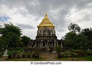 Chiang Mai temples - Wat Chian Man, Chiang Mai, Northern...