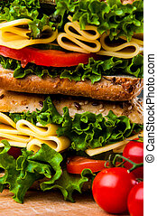 Saturated sandwich concept - Healthy quick lunch