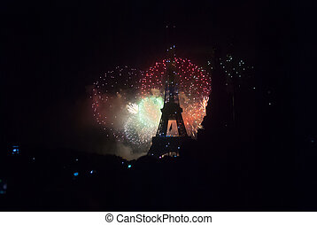 Fireworks on Bastilla Day - Fireworks at Eiffel Tower in...