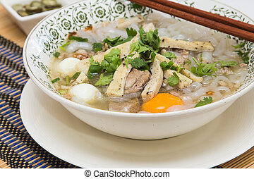 Vietnamese food is the pork noodles and egg