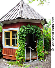 Swedish red and yellow cabin