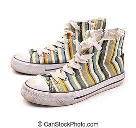 Moderno, zapatillas