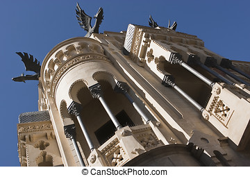 House of dragons, Spain - House of dragons, receives the...